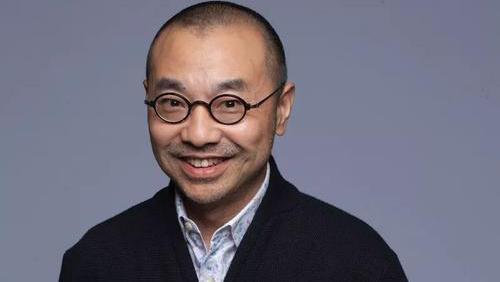 刘仪伟的出生日期生辰八字分析