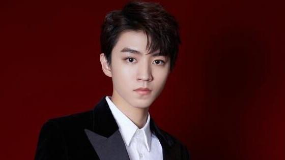王俊凯的出生日期生辰八字分析