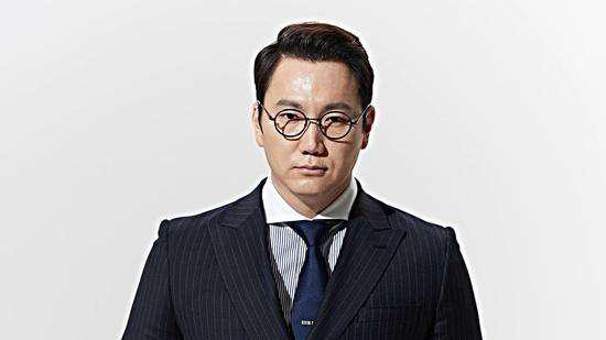 郑淳元的出生日期生辰八字分析